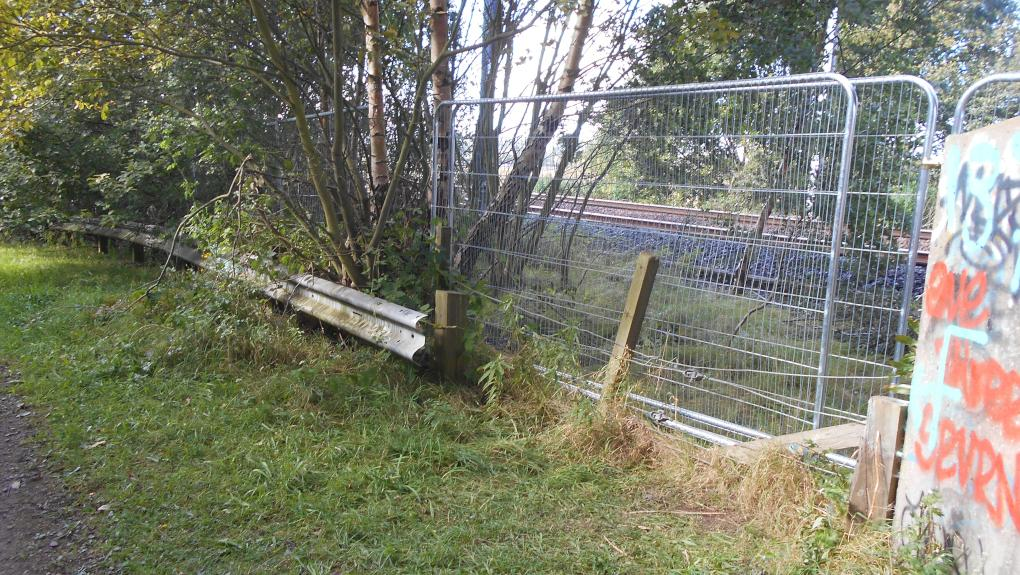 Inappropriate railway fencing near Musselburgh, East Lothian