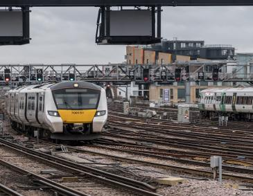 Two GTR trains arriving into London Bridge Station